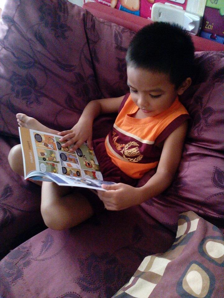 Umur Berapa Sesuai Ajar Anak Membaca Kit Bayi Sihat Balm