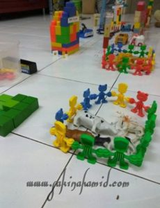pretend-play-farm