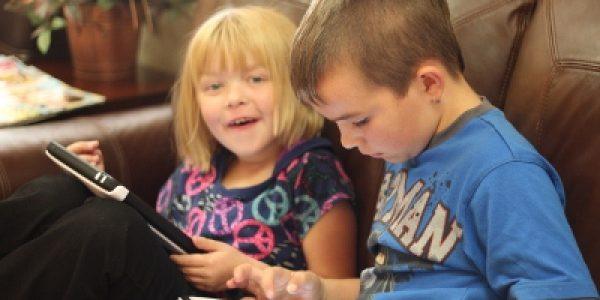 5 Aktiviti Mudah Semasa Anak Menunggu Selain Bermain Gajet