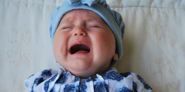 7 Punca Bayi Menangis Malam, Doktor ini Berkongsi Pengalaman Lucu