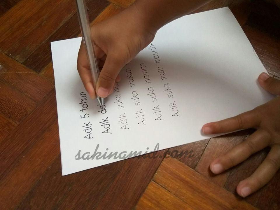 Buat tulisan putus-putus sendiri